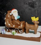 """Фигура шоколадная """"Дед Мороз на санях""""  18 см 600 гр."""