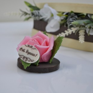"Фигура шоколадная ""Роза от души"""