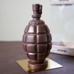 """Фигура шоколадная """"Граната 12 см """""""