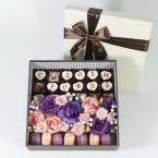Набор конфет с сахарными цветами